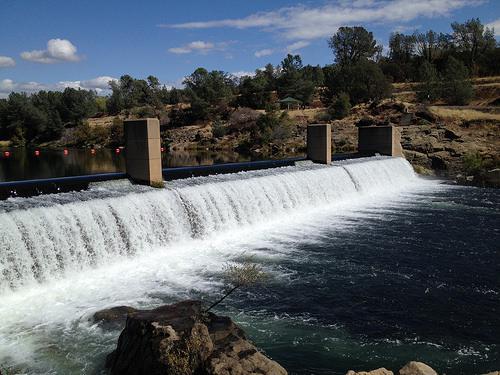 Oroville Dam photo