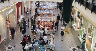 Post-Christmas Chaos Strikes America's Malls