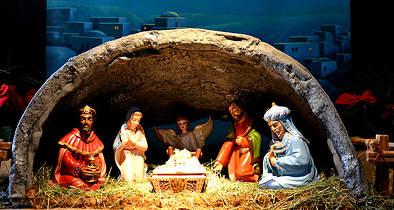 Christmas Decorations Incite Terror Attacks