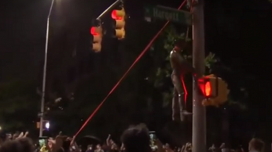 Raleigh Vandals Topple Confederate Statue, Hang Him From Light Post