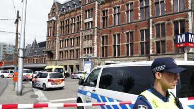 Afghan Immigrant Stabs Two Americans in Amsterdam