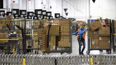 Amazon Seeks to Hire 100,000 to Meet Demand for Quarantine Orders