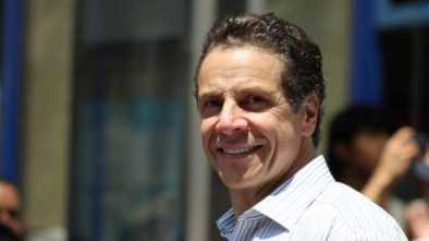 Andrew Cuomo Used Campaign Cash to Give Sen. a $212 Pen