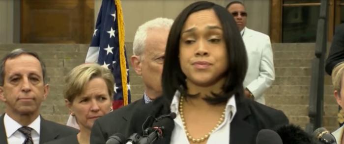 Baltimore, Philadelphia Announce They Will Stop Making Arrests, Prosecuting Nonviolent Crimes Amid Coronavirus Outbreak