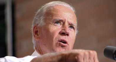 Biden Grows Upset as Obama Flirts With Younger Democratic Presidential Contenders