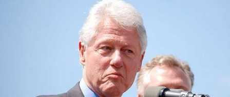 Bill Clinton: Nationalism Taking Us to 'The Edge of Our Destruction'
