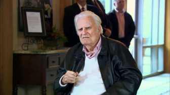 Billy Graham, America's Pastor, Dead at 99 2