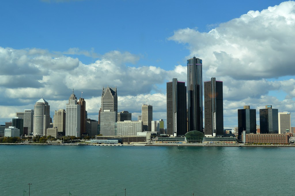 Detroit skyline photo