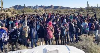 Border Agents Arrest 325 Illegal Aliens as 'Large Group' Entries Skyrocket