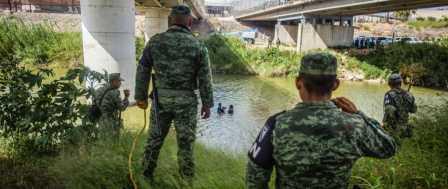 Border Detentions Plunge as Trump Plan to Stop Caravans Works