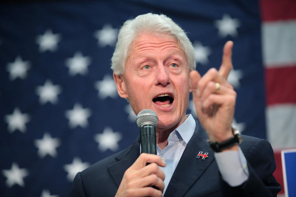 Bill and Hillary Clinton photo