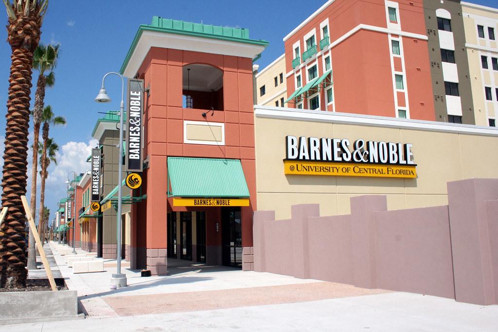 Barnes Noble University photo