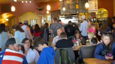 Colorado Restaurant Draws Crowds After Reopening on Mother's Day Despite State Shutdown