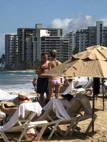 Congressional Democrats Party in Puerto Rico with Lobbyists, Executives During Shutdown