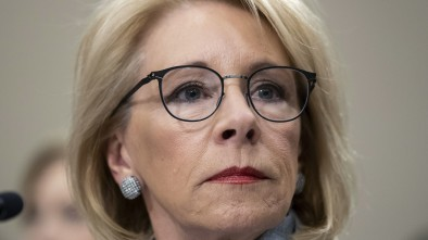 DeVos Excludes DACA Recipients, Foreign Students from Virus Relief Grants