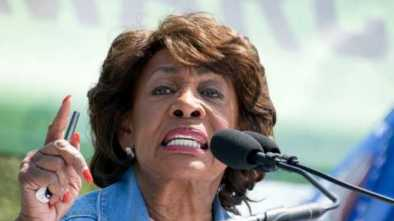 During a Eulogy Maxine Waters Pushed Trump Impeachment