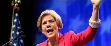 Elizabeth Warren Wars Against Dem 'Centrists' at Nutty Netroots Conference