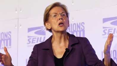 Elizabeth Warren's Campaign Fires Staff Member for 'Inappropriate Behavior'