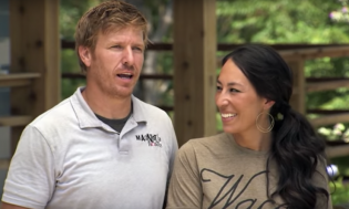 'Fixer Upper' Stars Accused of Wrecking Earth w/ Children