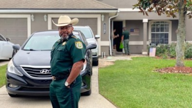 Florida Sheriff Warns Protesters He'll Deputize Gun Owners to Restore Order