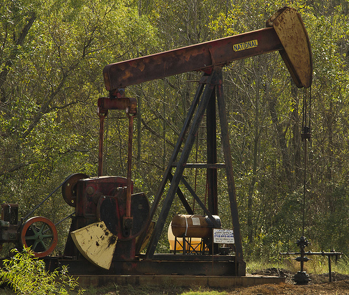 FORECAST: Texas May Pump More Oil than Iran, Iraq in 2019