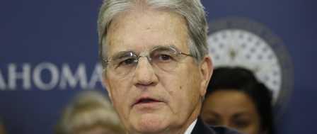 Former Sen. Tom Coburn, a Deficit Hawk, Dies at 72