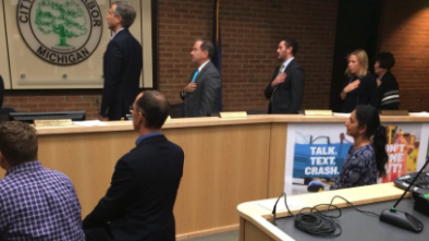 Four Ann Arbor City Council Members Kneel During Pledge of Allegiance