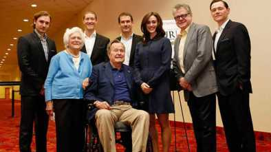 George HW Bush Apologizes After Being Accused of Sexual Assault