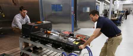 GM Electric Car Push Would Lead to Fewer, Lower-Paying Jobs