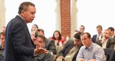GOP Lawmaker Confronts Kasich on Ohio's Green-Energy Mandates