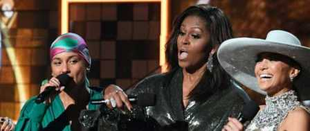 Grammy Audience Has Obama-gasm Over Michelle's Appearance