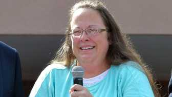 Homosexuals still Trying to Punish Marriage-defending Clerk Kim Davis