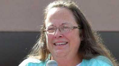Homosexuals still Trying to Punish Marriage-defending Clerk Kim Davis