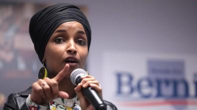Ilhan Omar, Bernie Bros Blame Elizabeth Warren for Bernie Sanders's Super Tuesday Losses