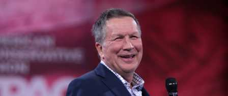 Kasich Wants To Recruit Republicans to Oppose Trump on 'The Daily Show'