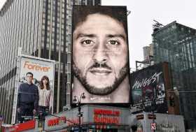 Kneeling Protester Kaepernick Agrees to Confidential NFL Settlement