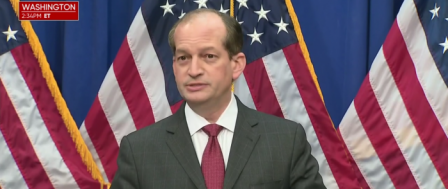 Labor Sec. Defends Plea Deal for Lolita Pimp Jeffrey Epstein