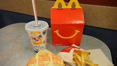 McDonald's Happy Meals Drop Cheeseburgers, Chocolate Milk