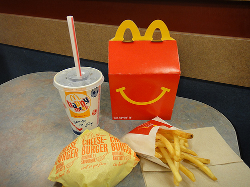 McDonald's Happy Meals Drop Cheeseburgers, Chocolate Milk