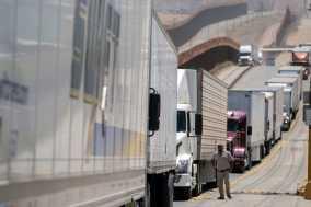 Mexico Tariffs on Track to Take Effect Monday