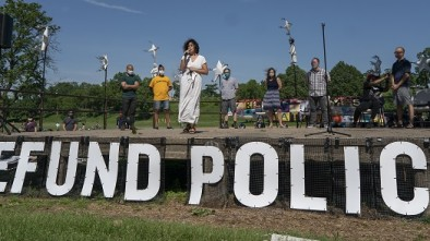 Minneapolis Police Department to Lose 14 Cops as Leaders Call for Abolition