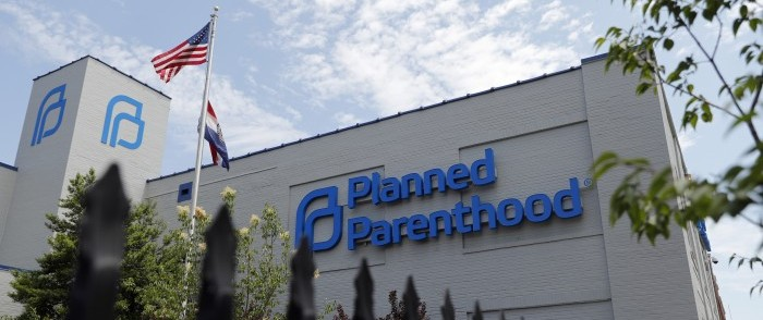 Missouri Administrator Reverses Health Dept. Decision to Close Abortion Clinic