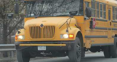 Molester Attempts to Abduct Kids; School Doesn't Tell Police, Parent