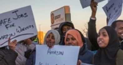 Muslim Somali Refugees Protest Amazon's Working Conditions in Minnesota