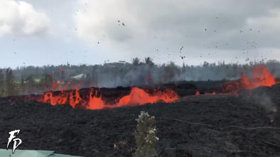 New Fissures Open Up Near Hawaiian Volcano as Danger Persists