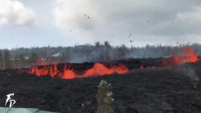 New Fissures Open Up Near Hawaiian Volcano as Danger Persists
