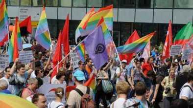 Pentagon Continues LGBT Pride Celebration under Trump