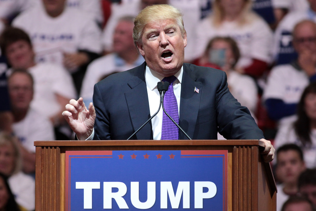 Trump campaign rally photo