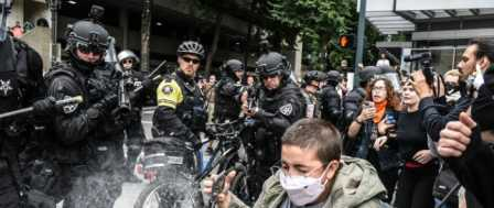 'Proud Boys' and Antifa Protests in Portland End with Arrests but no Violence
