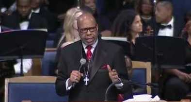 """Reverend at Aretha Franklin's Funeral Criticizes Black-on-Black Violence: """"We Must Stop This"""""""